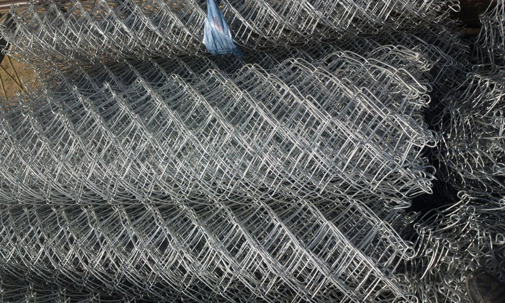 How to chain link wire mesh manufacturer. | Barbed Wire Fencing ...