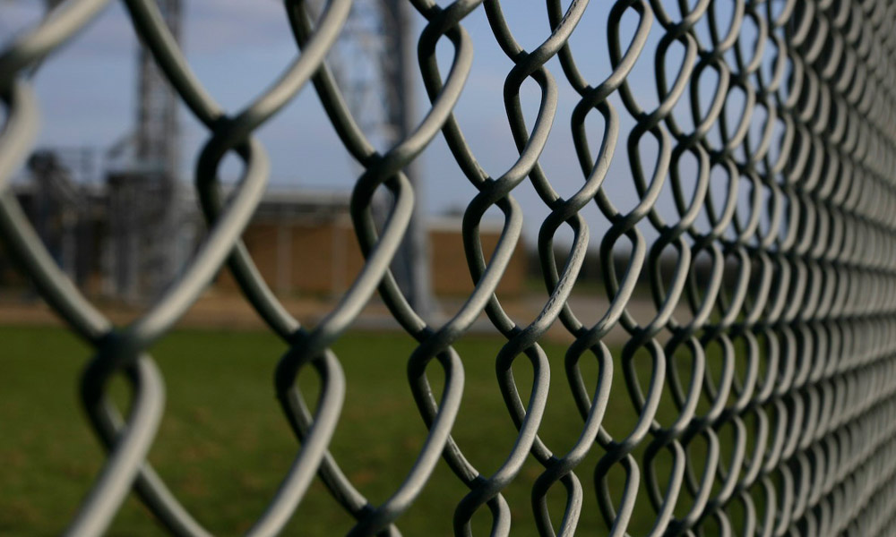 What Is Chain Link Wire Barbed Wire Fencing India Wire